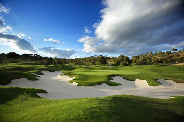 гольф недвижимость испания